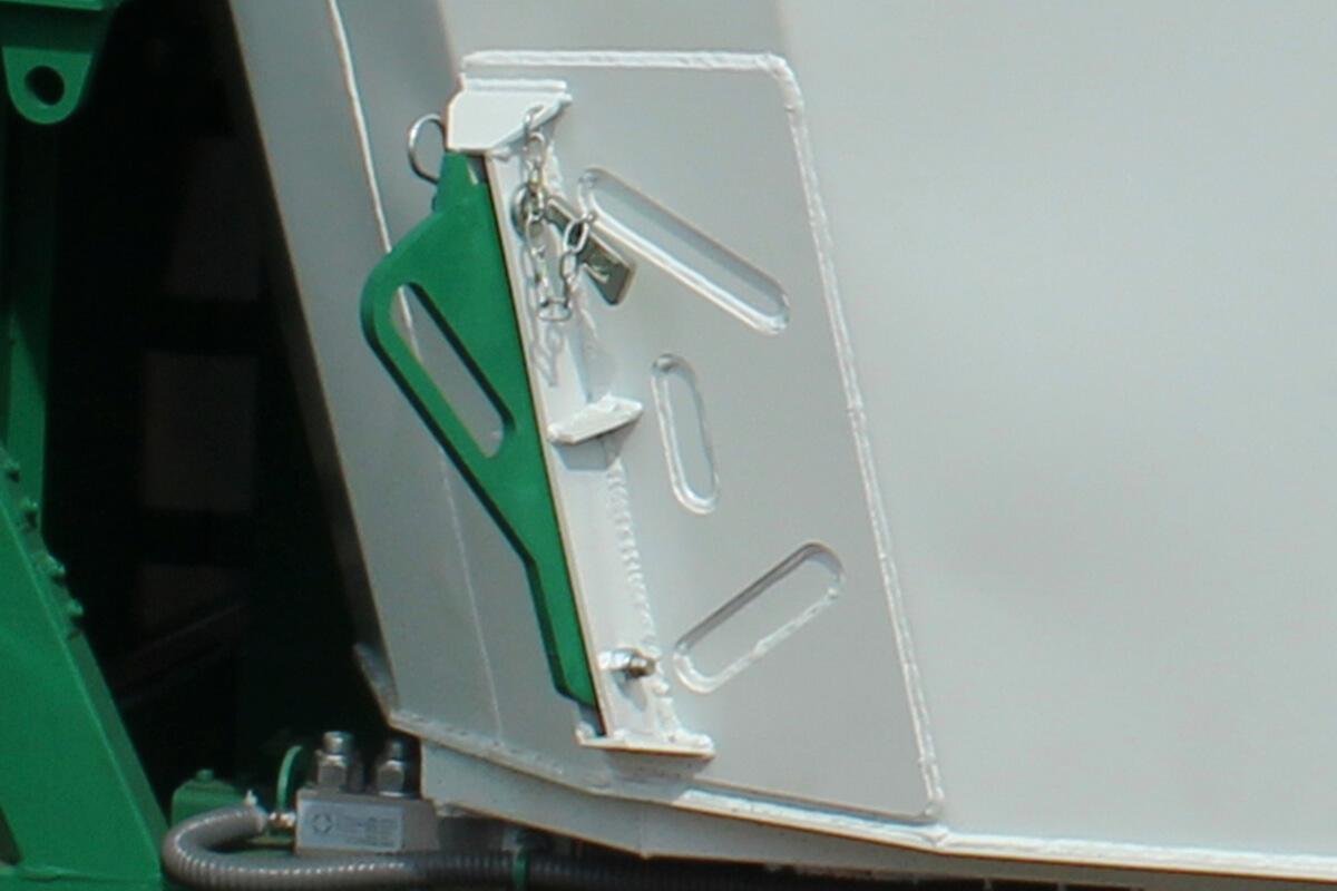 Bica de descarga por esteira de PVC Vermitix 20 AC